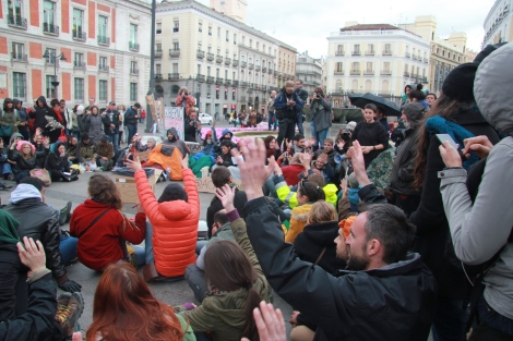 A Madrid, violences policières contre une manifestation pacifiste